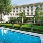 Deluxe-BlockLone Pine Hotel