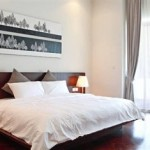 Guest-Room-Lone Pine Hotel