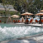 Swimming Pool Lone Pine Hotel